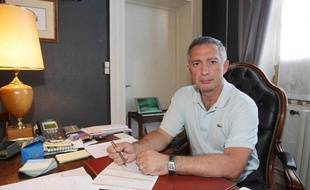 Daniel Cosculluela, psychiatre à Bergerac, nie les accusations de viols portées contre lui par quatre patientes.