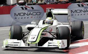 Le pilote de Formule 1 Jenson Button, sur sa Brawn GP, lors des essais du Grand Prix de Monaco le 23 mai 2009.