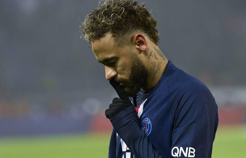 PSG – Nantes : Neymar (encore) sifflé par le virage Auteuil… Il ne serait pas temps d'enterrer la hache de guerre ?