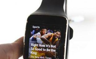 La montre Gear S de Samsung au salon d'électronique grand public International CES de Las Vegas le 7 janvier 2015