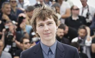 Paul Dano poses for photographers during a photo call for the film Youth, at the 68th international film festival, Cannes, southern France, Wednesday, May 20, 2015. (Photo by Joel Ryan/Invision/AP)/INVW/707090293289/051315111343/1505201202