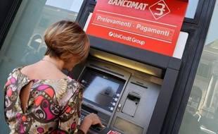 La dette colossale de l'Italie reste soutenable et n'augmenterait pas, même avec des taux d'intérêt s'envolant à 8% et une croissance économique nulle, a assuré mercredi la Banque d'Italie dans un rapport sur la stabilité financière.