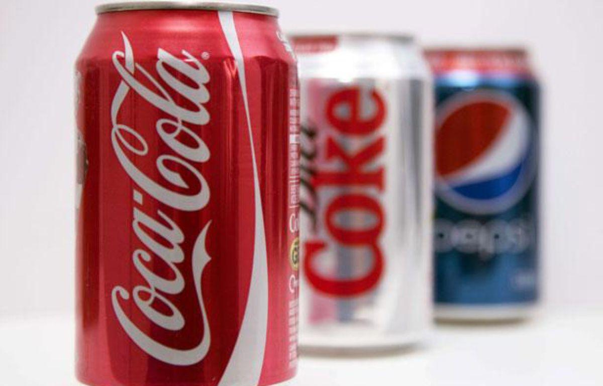 Des canettes de Coca-Cola, de Coca-Cola light et de Pepsi. – Jeff Blackler / Rex / Sipa