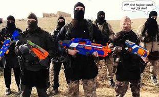 Un détournement mettant en scène un groupe de djihadistes masqués armés de pistolets en plastique