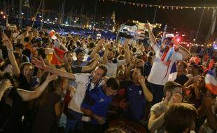 Joie des supporters à l'issue du match France Allemagne le 7 juillet 2016 à Marseille