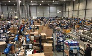 L'entrepôt Cdiscount de Cestas (Gironde), plus grand entrepôt d'ecommerce en France.