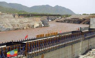 L'Ethiopie a entamé la déviation du Nil Bleu, en vue de la construction d'un important barrage hydro-électrique, ont indiqué des responsables éthiopiens mercredi.