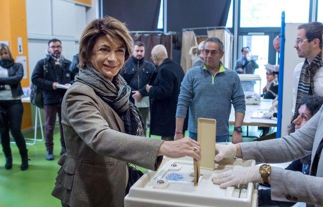 Municipales 2020 à Marseille : Une colistière de Martine Vassal propose des procurations illégales