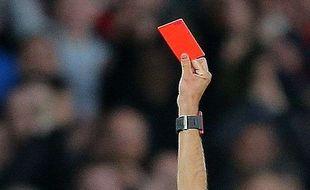 Des consignes ont été adressées aux arbitres avant le début de la saison pour faire cesser les chants à caractère homophobe durant les matchs.