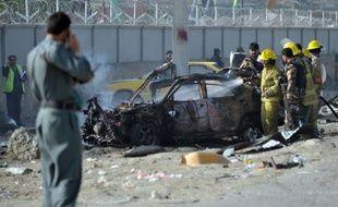 Les talibans ont lancé deux attaques mercredi à Kaboul, dont un attentat suicide à la voiture piégée, qui ont fait au moins six morts, quelques heures après le départ du président américain Barack Obama en visite surprise dans la capitale afghane.