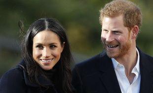 Le Prince Harry et sa fiancée Meghan Markle à la Nottingham Academy le 1er décembre 2017.