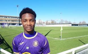 Le jeune avant-centre camerounais Stéphane Zobo à l'issue d'unentraînement du TFC, le 13 février 2019.