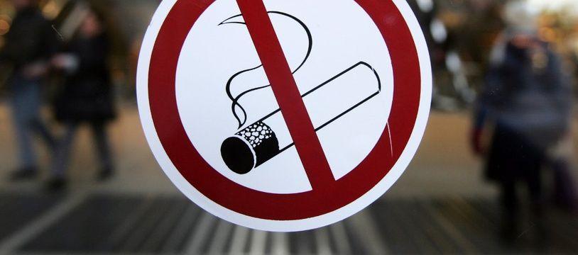 Le tabac est interdit depuis mercredi dans les lieux publics fermés au Monténégro.