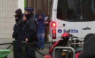 Attentats de Paris: Salah Abdeslam arrêté à Bruxelles.