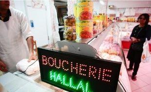 Dans une boucherie halal du quartier Noailles.