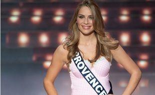 April Benayoum lors de l'élection de Miss France en décembre 2020