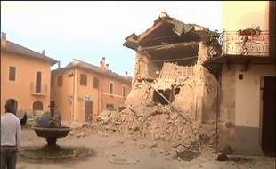 Un édifice détruit à Norcia, en Italie, dans le tremblement de terre du 30 octobre 2016. Capture d'écran d'un reportage de la chaîne italienne Sky.
