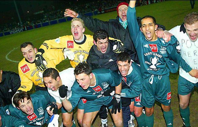 Les joueurs de Schiltigheim, après avoir battu Toulouse en 2003