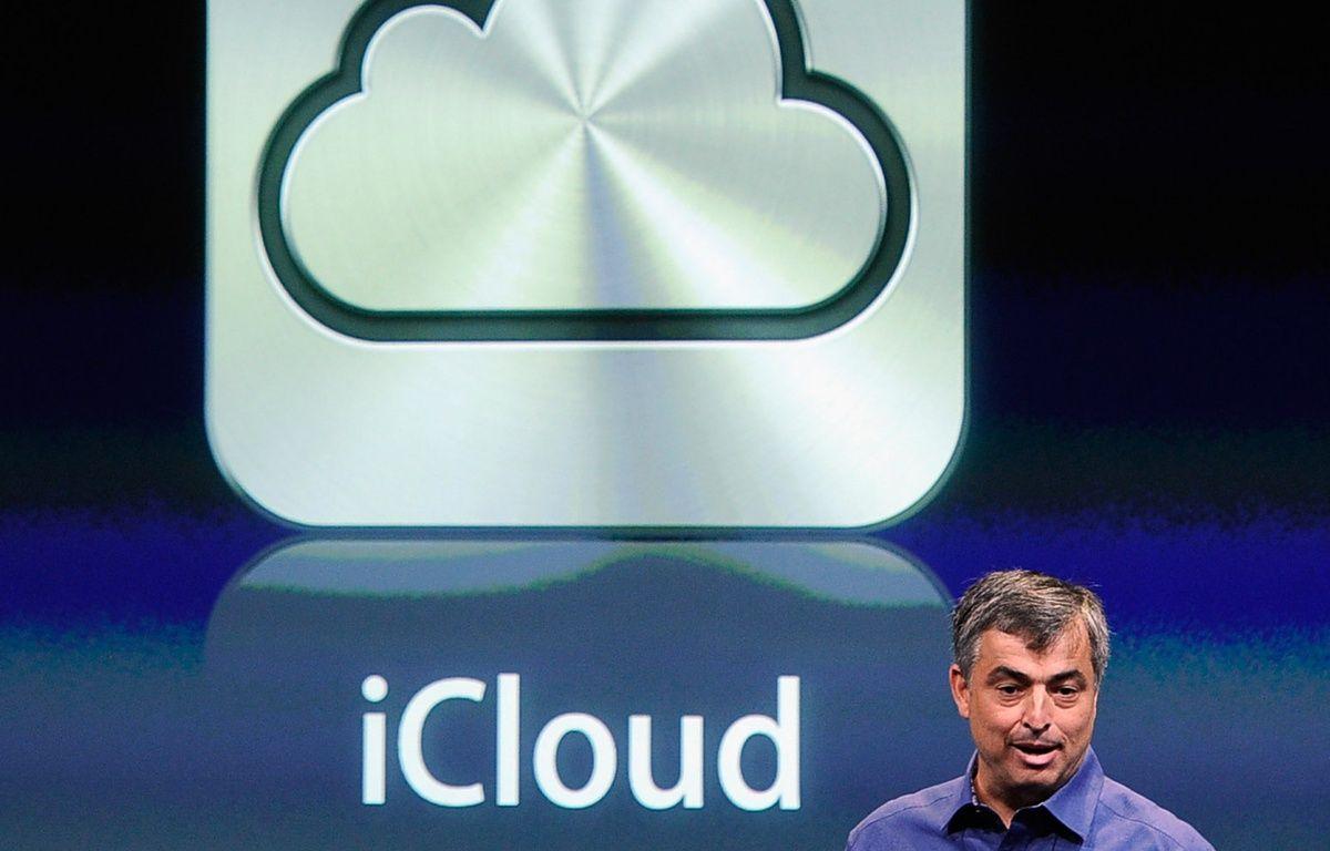 Le vice-président d'Apple en charge des services Internet, Eddy Cue, présente iCloud. – K. DJANSEZIAN / GETTY IMAGES / AFP