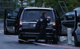 La voiture dans laquelle Hélène Pastor et son son chauffeur Mohamed Darwich ont été criblés de balles, le 6 mai 2014 à Nice