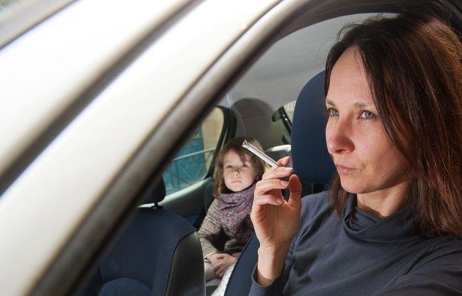 pourquoi l interdiction de fumer dans une voiture avec un enfant fait d bat. Black Bedroom Furniture Sets. Home Design Ideas