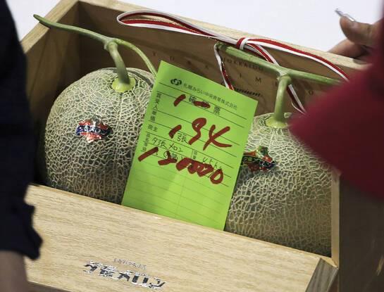 648x415 2020 deux melons yubari vendus seulement 120000 yens