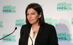 Anne Hidalgo, lors de sa déclaration à l'issue   du premier tour, dimanche 15 mars, à Paris.