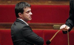 Manuel Valls le 21 décembre 2010 dans l'hémicycle de l'Assemblée nationale à Paris