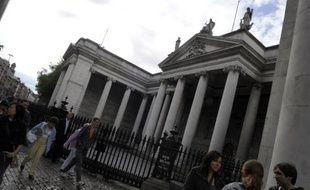 La Commission européenne a tenté lundi de rassurer Dublin en signifiant qu'une hausse de son impôt généreux sur les sociétés n'était pas la priorité des négociations pour finaliser d'ici la fin du mois l'aide à l'Irlande.