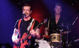 Jesse Hughes et Josh Homme lors d'un concert des Eagles of Death Metal à Los Angeles, le 19 octobre 2015.