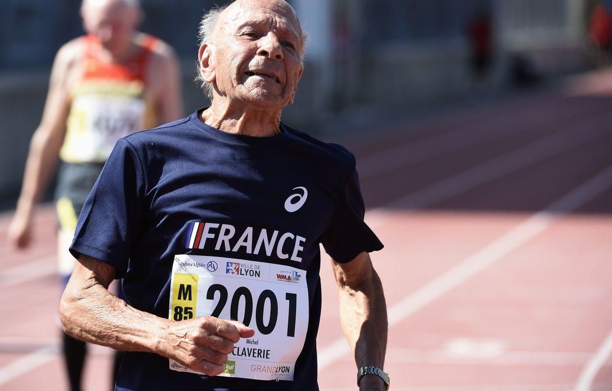 Le sprinteur vétéran Michel Claverie lors de sa deuxième place sur 100 mètres aux Mondiaux de Lyon, le 7 août 2015. – Ph. Desmazes / AFP