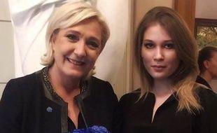 Maria Katasonova a pu rencontrer en personne Marine Le Pen lors de sa venue surprise à Moscou vendredi 24 mars