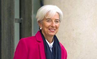 """La directrice du Fonds monétaire international (FMI), Christine Lagarde, a annoncé avoir reçu l'aval de son conseil d'administration pour """"examiner"""" les moyens d'augmenter les ressources dont l'organisation dispose pour aider ses membres face à la crise."""