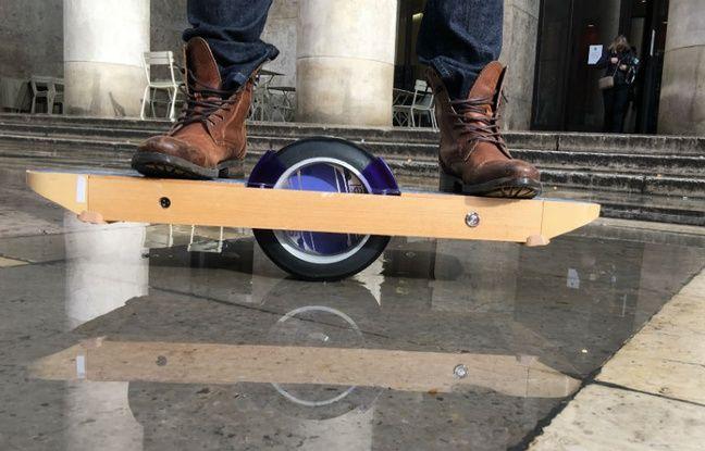 Pesant 16,5 kg, le Surfwheel dispose de 20 à 30 km d'autonomie.