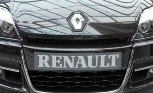 Renault envisage de revenir dans l'automobile haut de gamme avec pour objectif de profiter d'un des créneaux les plus juteux du marché et, dans le sillage de ses projets de relance d'Alpine, d'atténuer son image de constructeur cantonné aux voitures généralistes, voire low cost.