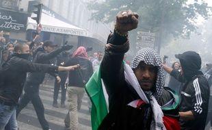 Un manifestant pro-palestinien dans les rues de Paris le 13 juillet 2014.