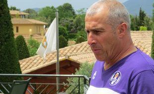 L'entraîneur du TFC Alain Casanova, lors du stage de pré-saison à Navata, en Espagne, le 3 juillet 2014.
