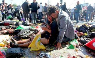 Une femme blessée dans les attentats le 10 octobre 2015 à Ankara