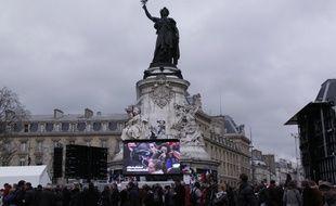 La place de la République ce dimanche lors des commémorations