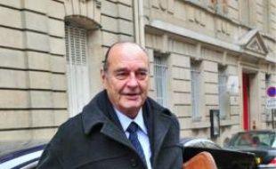 Jacques Chirac devant son bureau parisien, le 1er février.