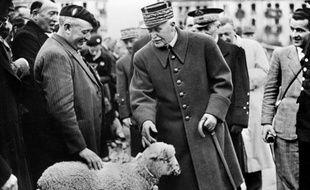 Philippe Pétain à Vichy, en 1942