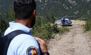 L'enquête des gendarmes se concentre sur une possible imprudence du guide qui accompagnait le groupe.