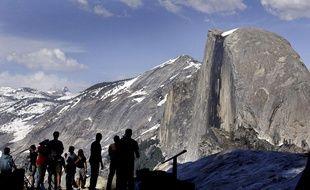Des campeurs au parc du Yosemite en 2005.