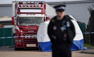 La police vietnamienne a arrêté huit nouvelles personnes soupçonnées d'être impliquées dans le drame des 39 migrants, probablement vietnamiens, retrouvés morts fin octobre dans un camion frigorifique près de Londres.