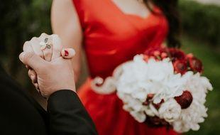 Illustration d'un homme tenant la main d'une femme, amour