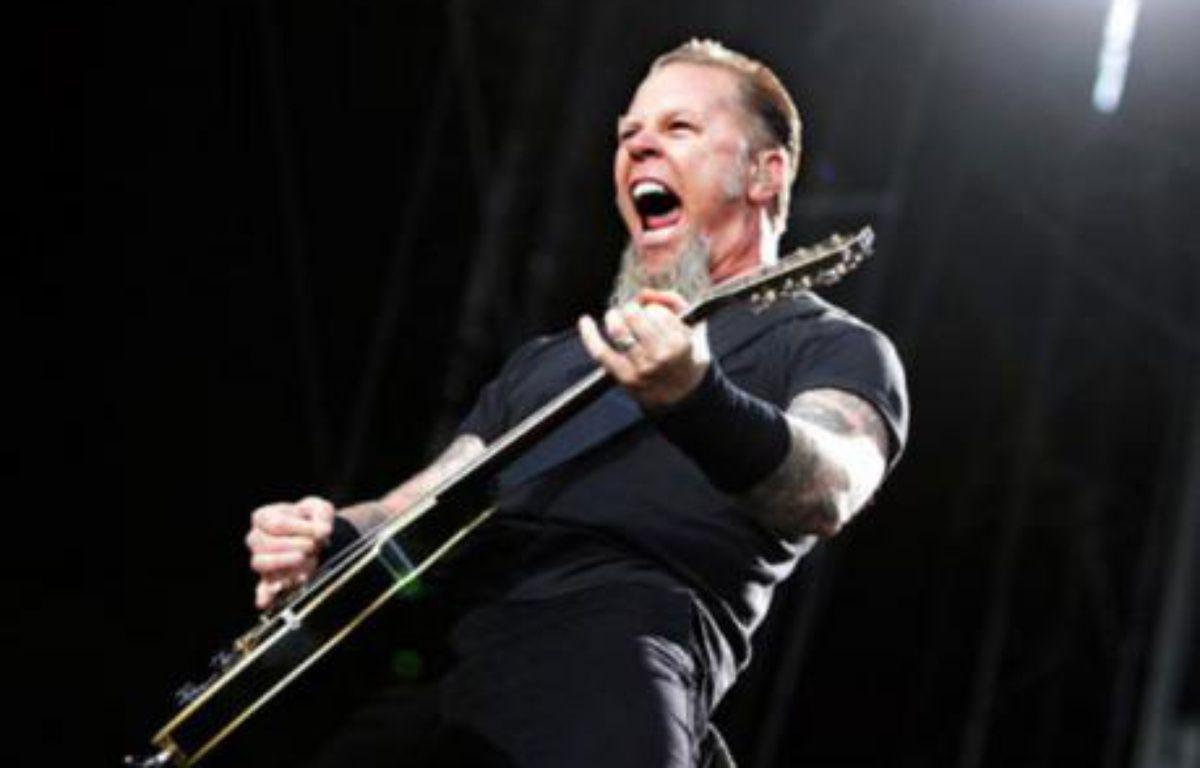 James Hetfield, de Metallica, pendant un concert à Stockholm le 12 juillet 2007.  – SCANPIX / REUTERS