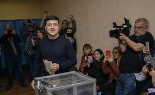 Volodymyr Zelensky votant