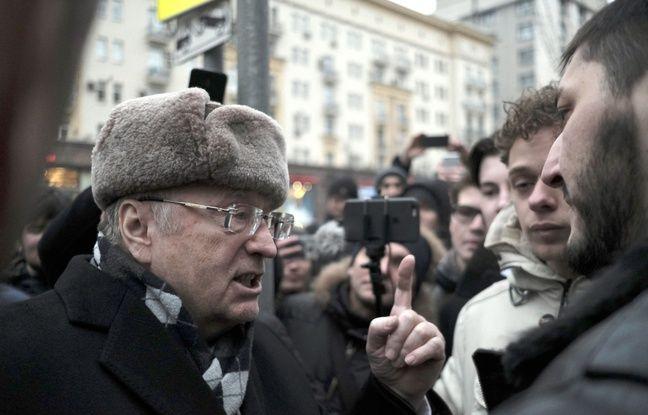 Vladimir Jirinovski, au milieu d'une manifestation organisée par Alexeï Navalny le 28 janvier 2018.