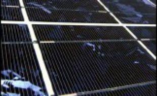 Dépourvue de pétrole, de charbon ou de gaz, refusant le nucléaire, l'Autriche a misé sur les énergies renouvelables, et s'est fait une spécialité dans le solaire où les entreprises du secteur enregistrent des taux de croissance record.