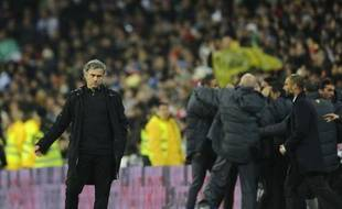 """L'entraîneur du Real Madrid José Mourinho a estimé après la défaite (3-1) samedi soir, de son équipe contre le FC Barcelone pour le premier clasico de la saison que """"cette victoire du Barça était en partie due à la chance""""."""